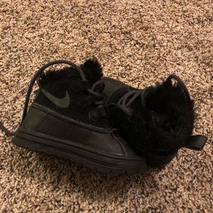 Toddler Nike Boots size 6c Like New